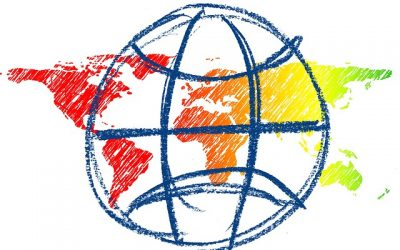 Die Kinder im Montessori-Kindergarten entdecken die Kontinente